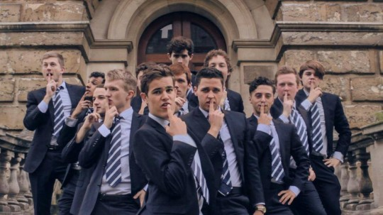 Oxford Student Choir Sings Shakira for Charity