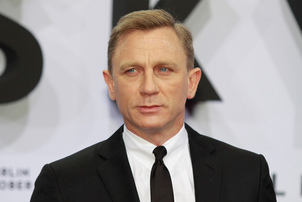 Daniel Craig has donated 10K GBP to Papyrus for 3 Dads Walking